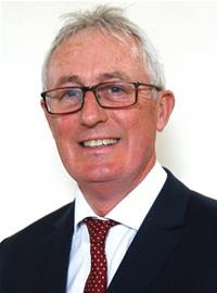 Profile image for Councillor Ron McCrossen